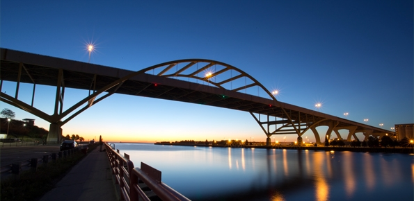 A photo of the Hoan Bridge over Lake Michagan in Milwaukee